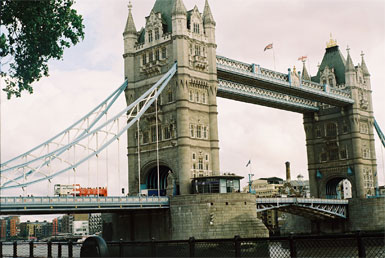 The Tower Bridge, Kate's Modern London